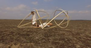 """Eva Gentner, Miriam Rose Gronwald: Videoarbeit """"desert"""", 2019"""